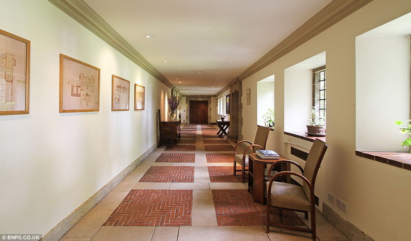 Старинный особняк продается за 5,5 млн фунтов - ФОТО
