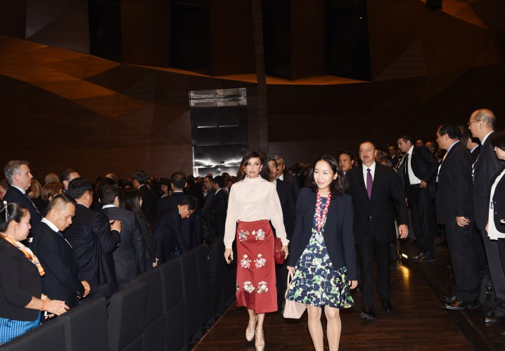 Президент Ильхам Алиев и его супруга Мехрибан Алиева приняли участие в заседании Совета управляющих АБР в Баку - ОБНОВЛЕНО - ФОТО - ВИДЕО