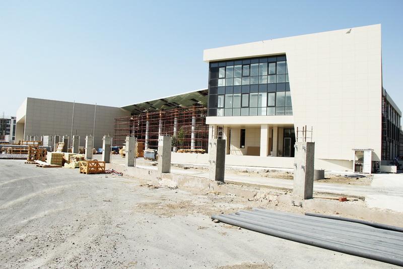 Завершается строительство Французского лицея в Баку - ФОТО