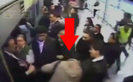 в метро пристает видео - 12